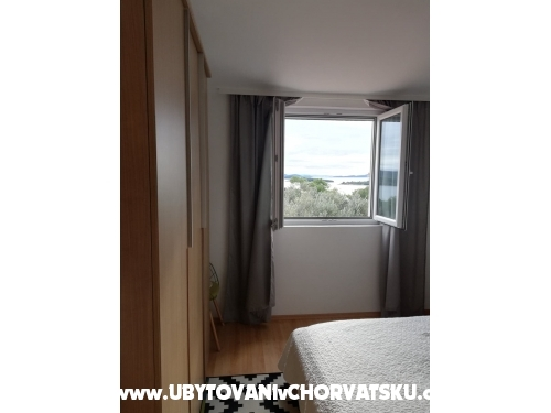 Apartm�ny Lidija - Murter Chorvatsko