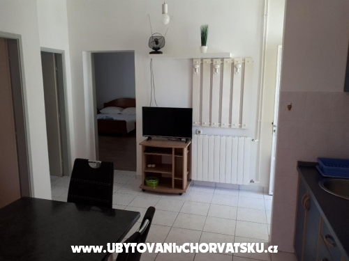 Appartements Julija - Murter Croatie