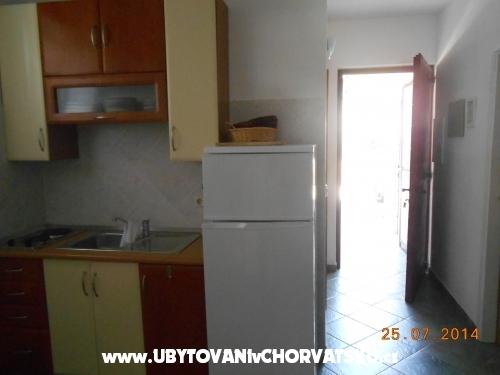 Appartamenti Rona - Murter Croazia