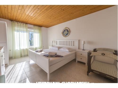 Vila Vilma - Murter Kroatien