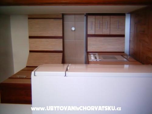 Apartmaji Edi - Nin Hrvaška