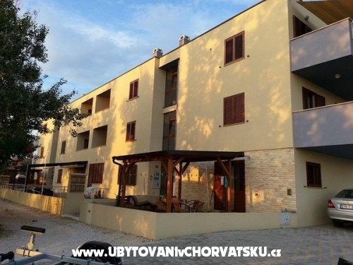 Apartments Kajtazović - Nin Croatia