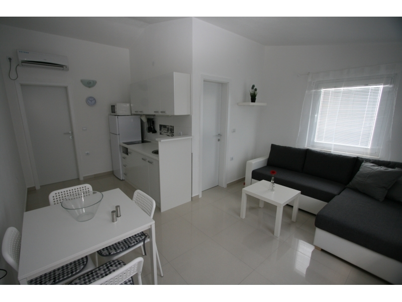 Apartmaji Popovi� - Nin Hrva�ka