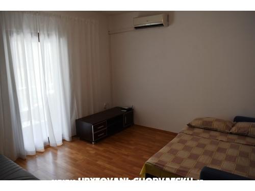Zlatko apartmani Nin Vrsi Mulo - Nin Croazia