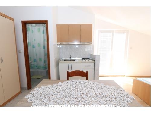Apartments Iva - Novalja – Pag Croatia