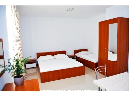 Apartmaji Milka Novalja - Novalja � Pag Hrva�ka