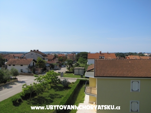 Maena Appartments - Novigrad Hrvaška