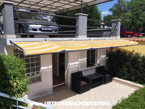 Apartmaji Ada - Novi Vinodolski Hrvaška