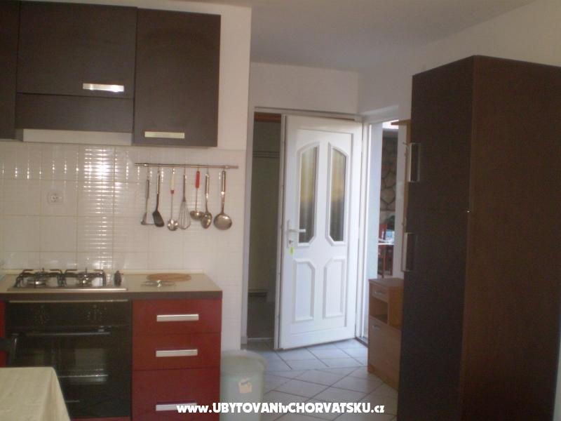 Apartm�ny Adria - Mari�i� - Novi Vinodolski Chorv�tsko