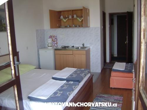 Studio Apartmanok Klenovica - Novi Vinodolski Horvátország