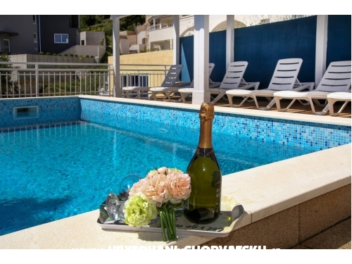 Ambiente NEW with POOL - Omiš Croatie