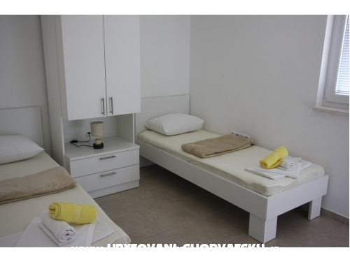 Ambiente NEW with POOL - Omi� Kroatien