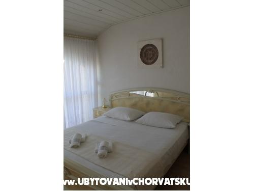 Apartmanok Ivica I Julija Ćosić - Omiš Horvátország