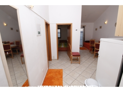 Apartment Đoni A - Omiš Croatia