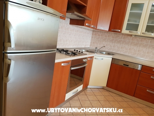 Appartement Jer�i� - Omi� Croatie