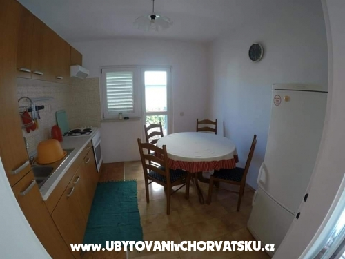 Apartment Kalajžić - Omiš Kroatien