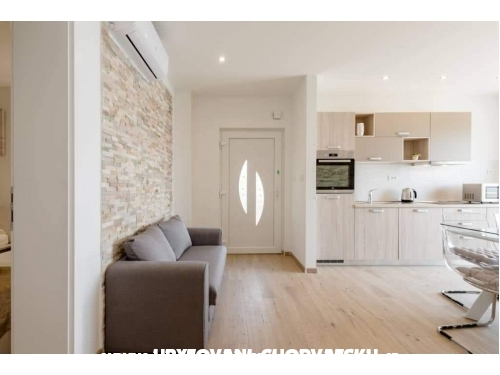 Apartma Maris - Omiš Hrvaška