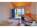 Ferienhaus am Strand - Robinson - Omi� Kroatien