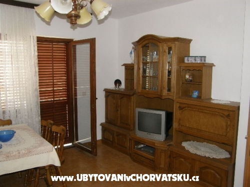 Apartment Tiho - Omiš Croatia