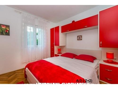 Apartments  MARICA - Omiš Croatia