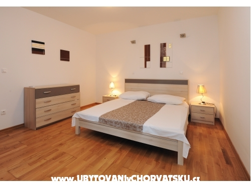 Apartments Andrea - Omiš Croatia
