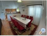 Appartements Anica - Omi� Kroatien
