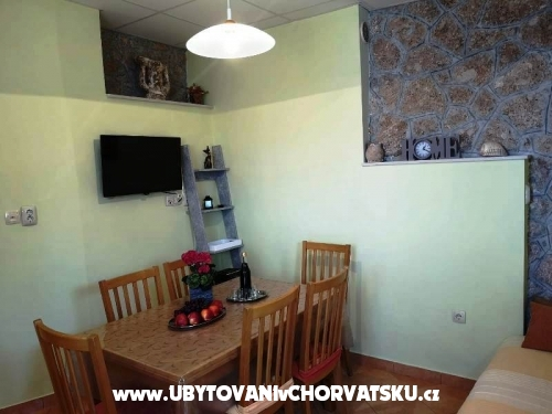 Apartments Anica - Omiš Croatia