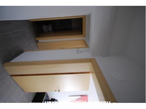 Appartements Batinic - Omiš Kroatien