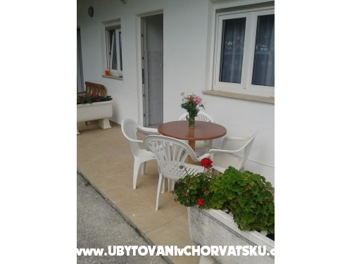 Apartments Beti - Omiš Croatia