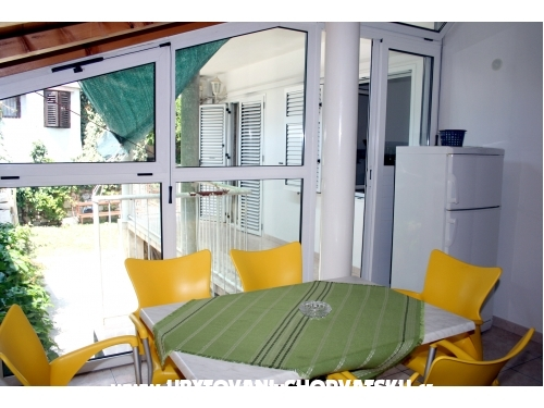 Apartments Centar Omi� - Omi� Croatia