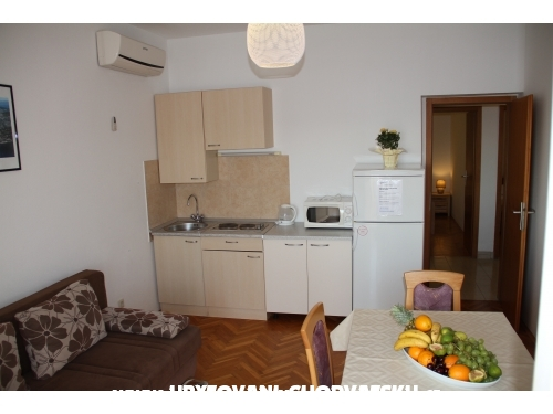 Apartments Cvita - Omiš Croatia