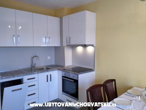 Apartmanok Delfin Stanići - Omiš Horvátország