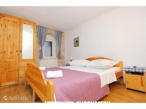 Appartementen Dora - Omiš Kroatië