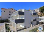 Apartments Dora, Omis, Croatia