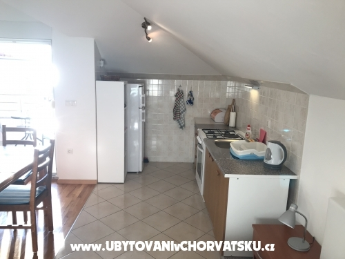 апартаменты Gala - Omi� Хорватия