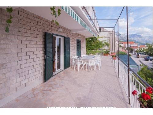 Apartments Galija - Omiš Croatia
