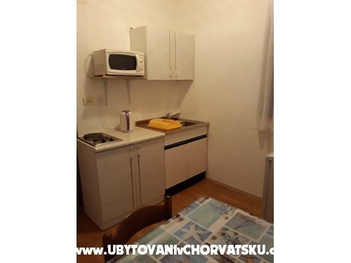 Apartments Iko - Omiš Croatia