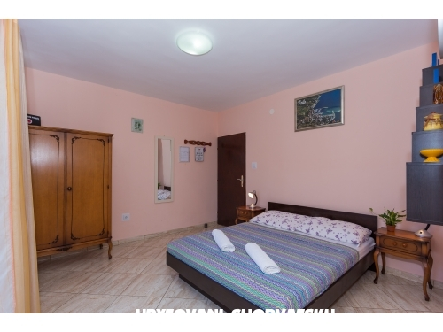 Apartments Ivica - Omiš Croatia
