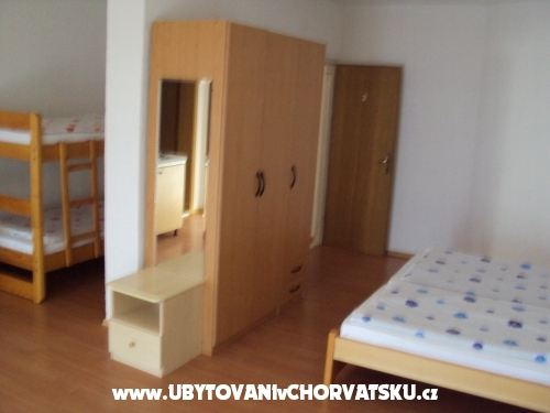 Apartmaji Jukic - Omiš Hrvaška