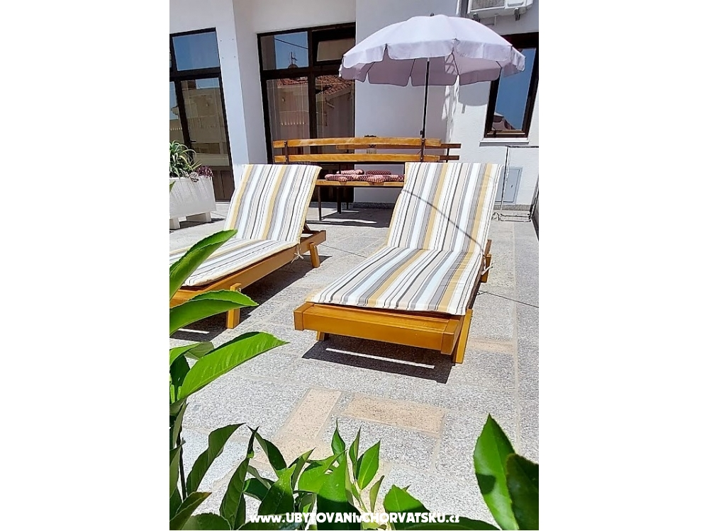 Apartments Kaktus - Omiš Croatia