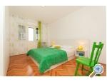 Appartements Lelas - Omi� Kroatien
