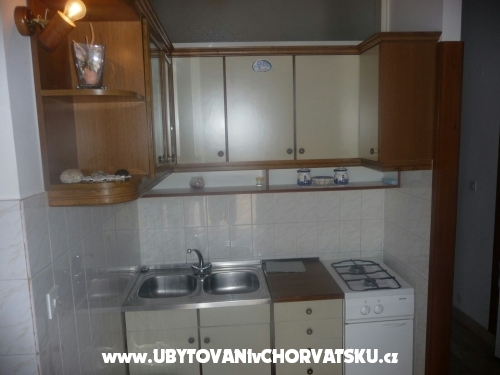 Apartments Leonarda - Omiš Croatia
