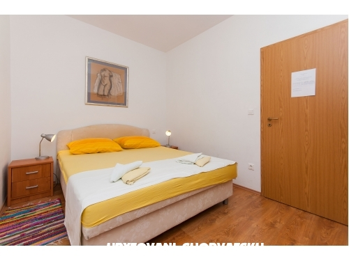 Apartmaji Lučič - Omiš Hrvaška