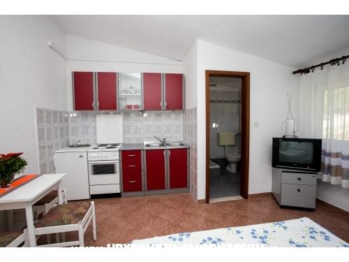 Appartements Marijo & Marija - Omi� Croatie
