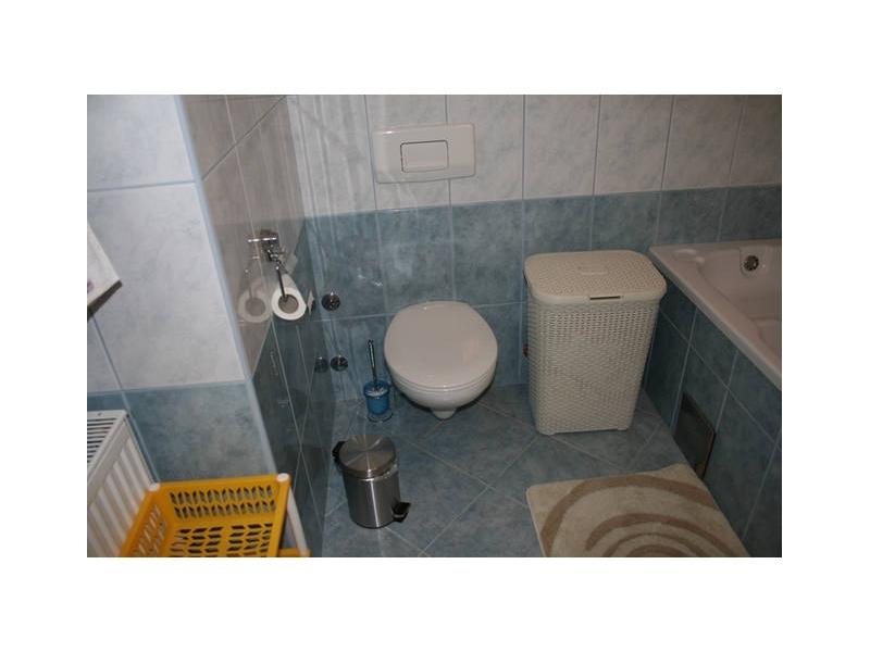 Apartmanok MIRNA&MATEA - Omi� Horv�torsz�g