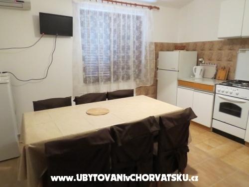 Apartmani Nediljko - Omiš Hrvatska
