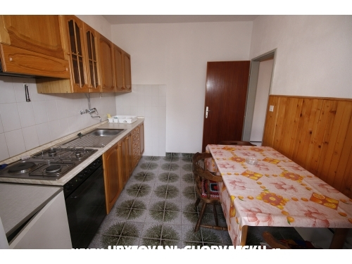 Apartmány Nemira - Omiš Chorvatsko