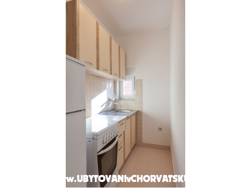 Apartments Nena - Omi� Croatia