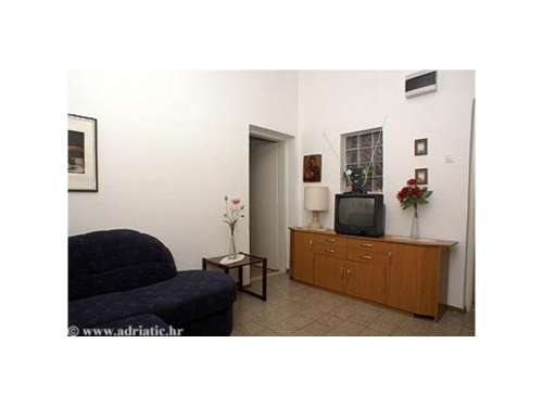 Apartm�ny Niki & Petra - Omi� Chorv�tsko