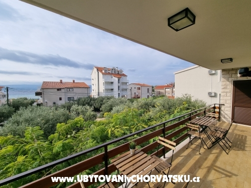 Apartmanok Pavkovi� - Omi� Horv�torsz�g